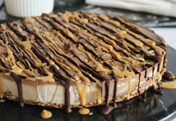 peanut-butter-cheesecake